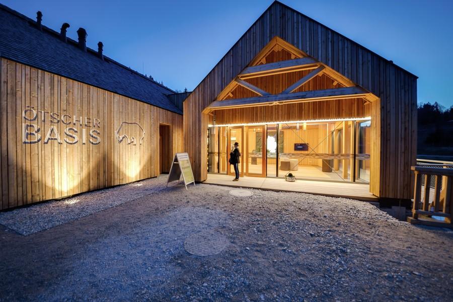 holzbau haselsteiner. Black Bedroom Furniture Sets. Home Design Ideas